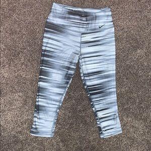 Grey/Black stripped Nike capri leggings